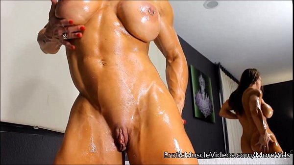 Oiling sensual female muscles photo 1