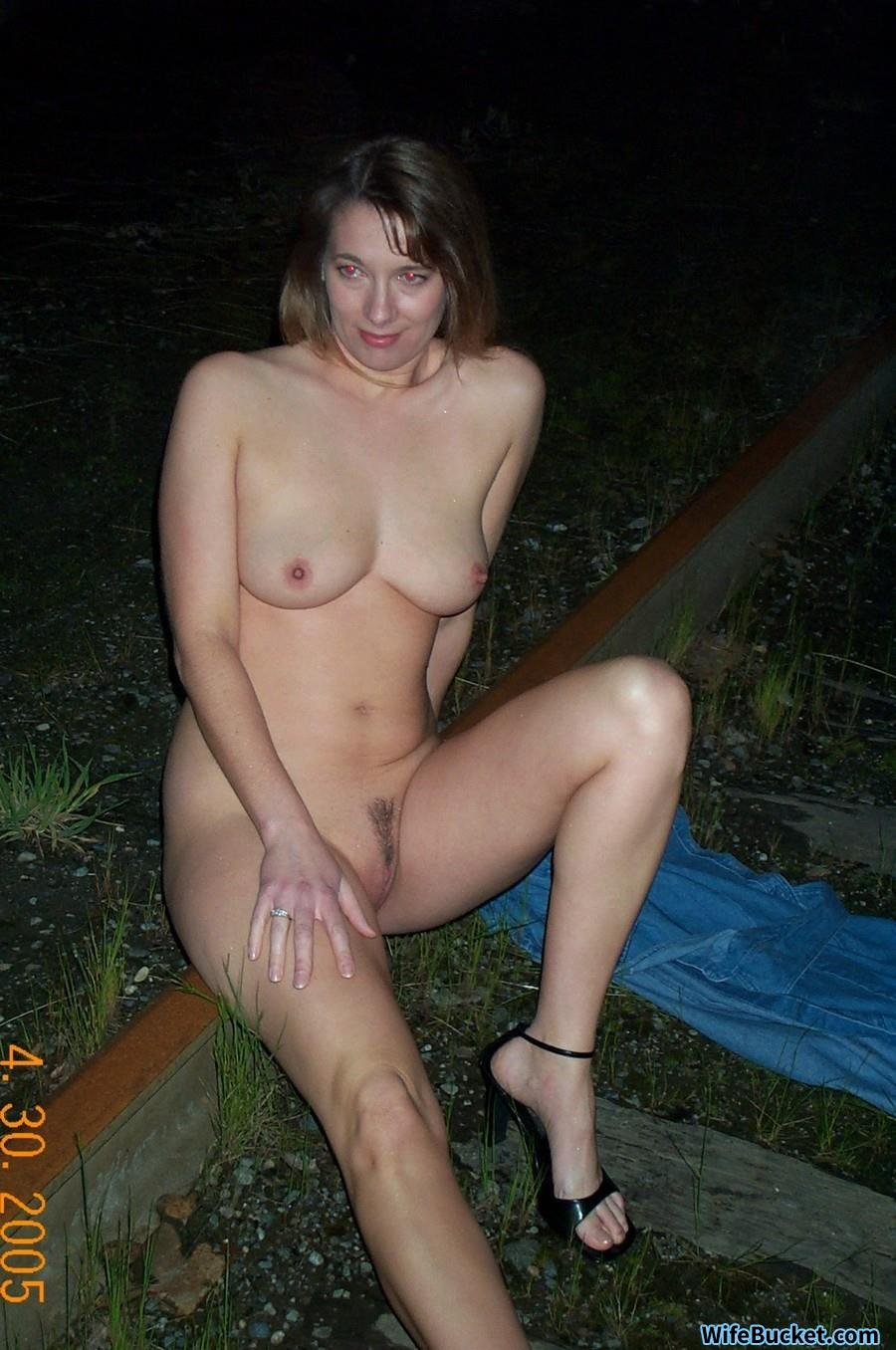 Old wife nude pics photo 4