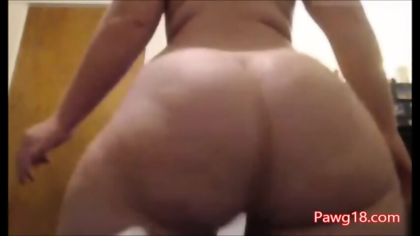 Juicy pawg wide his thick thighs