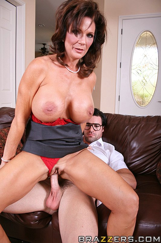 Adriana chechik this is first gangbang movie