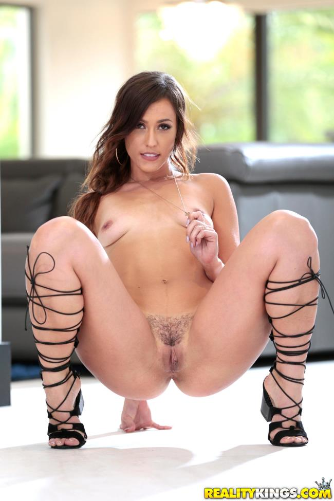 Kelsi monroe broken down hottie