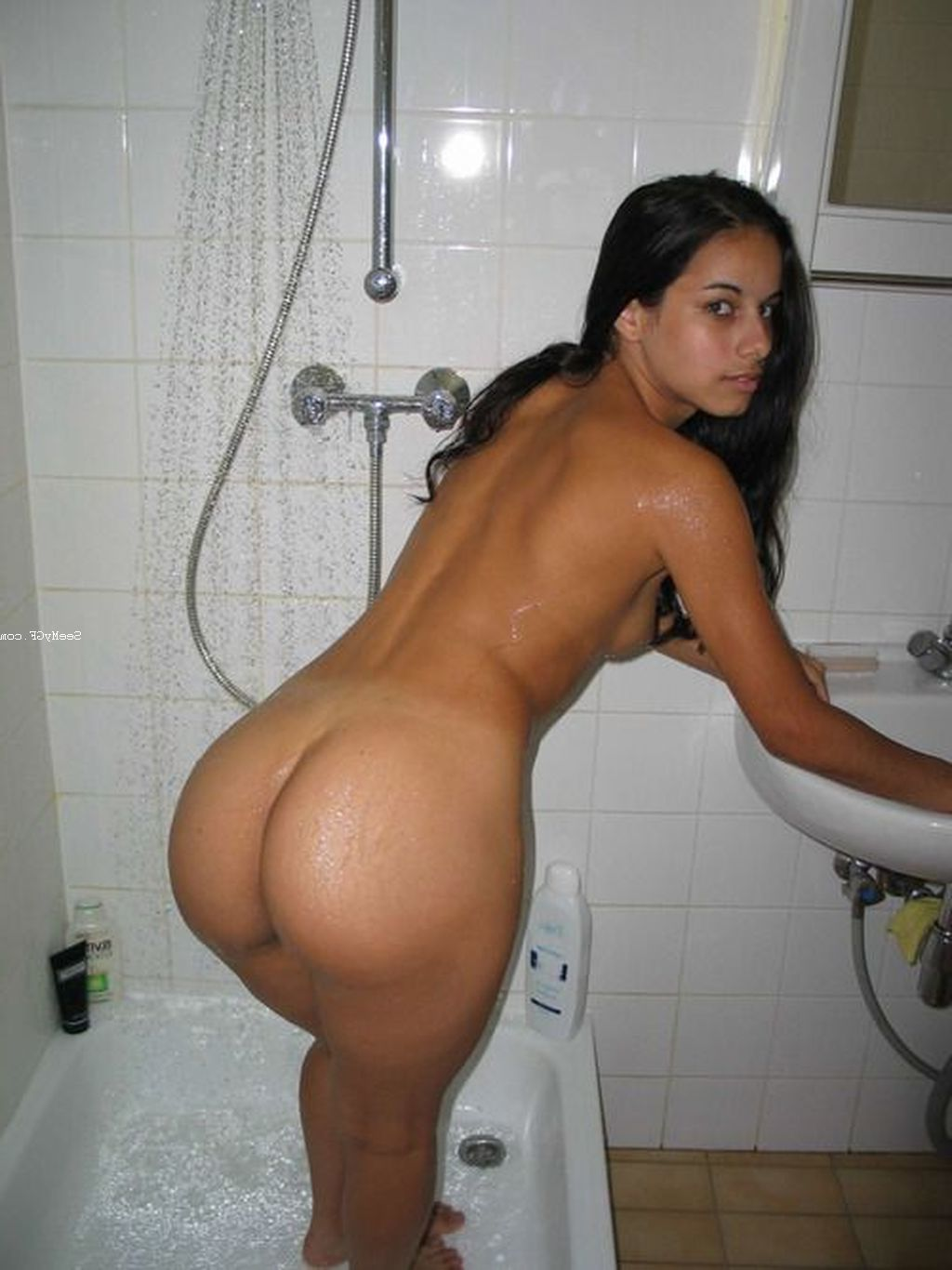 Shower pictures and big ass moms porn photo 2
