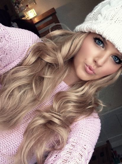 Pretty blonde haired girl tumblr